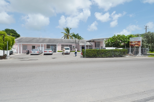 Additional photo for property listing at Centrally located commercial property Nassau And Paradise Island, Bahamas