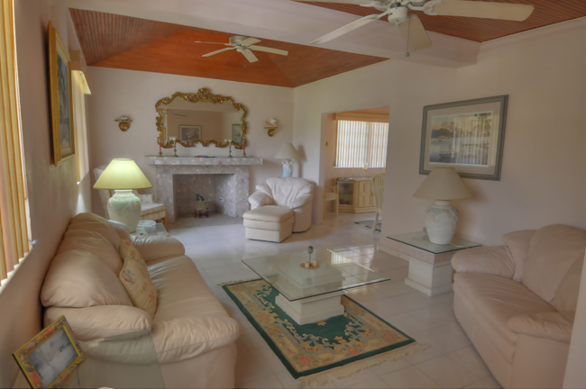 Additional photo for property listing at Canal front Home in Coral Harbour with Cottage 巴哈马