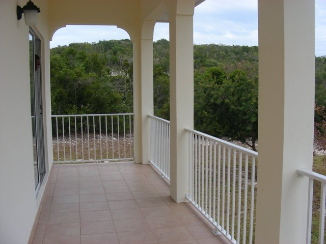 Additional photo for property listing at Four beachfront cottages in Southern Cat Island Cat Island, Bahama Eilanden