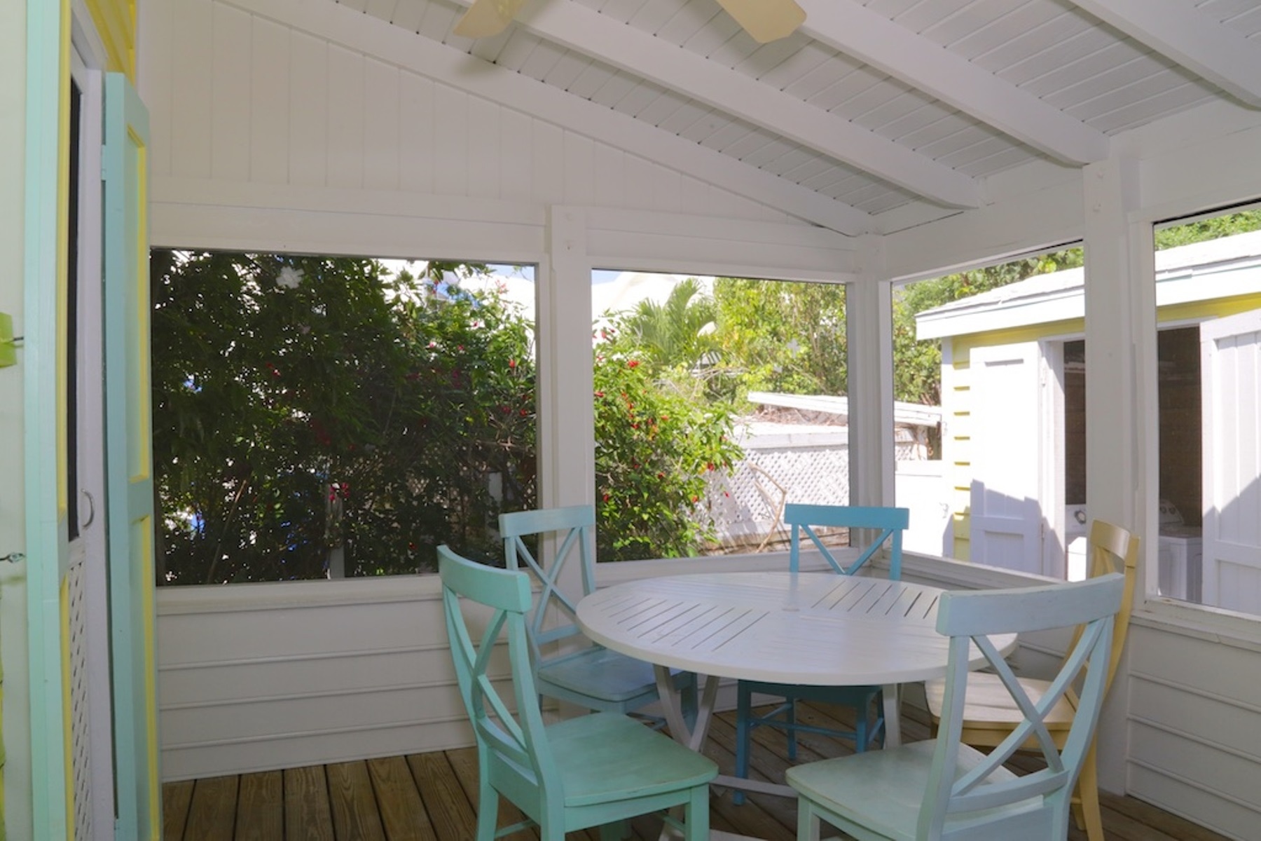 Additional photo for property listing at Yellow Bird Cottage in the Heart of the Settlement (MLS 26385) Elbow Cay Hope Town, Abaco, Bahamas