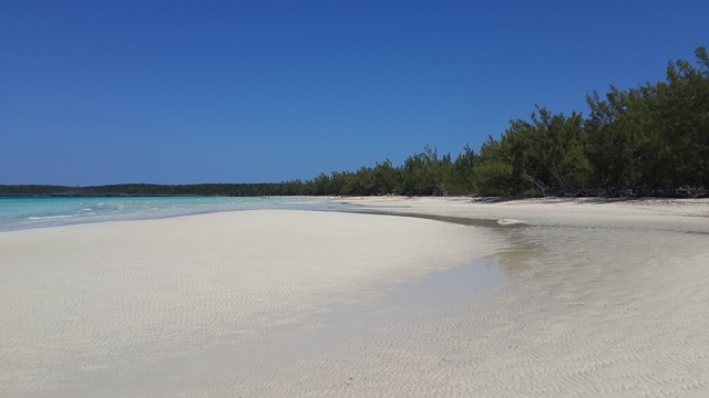 Additional photo for property listing at Development Acreage Ten Bay Paddlebaorders dream MLS 25104 Eleuthera, Багамские Острова
