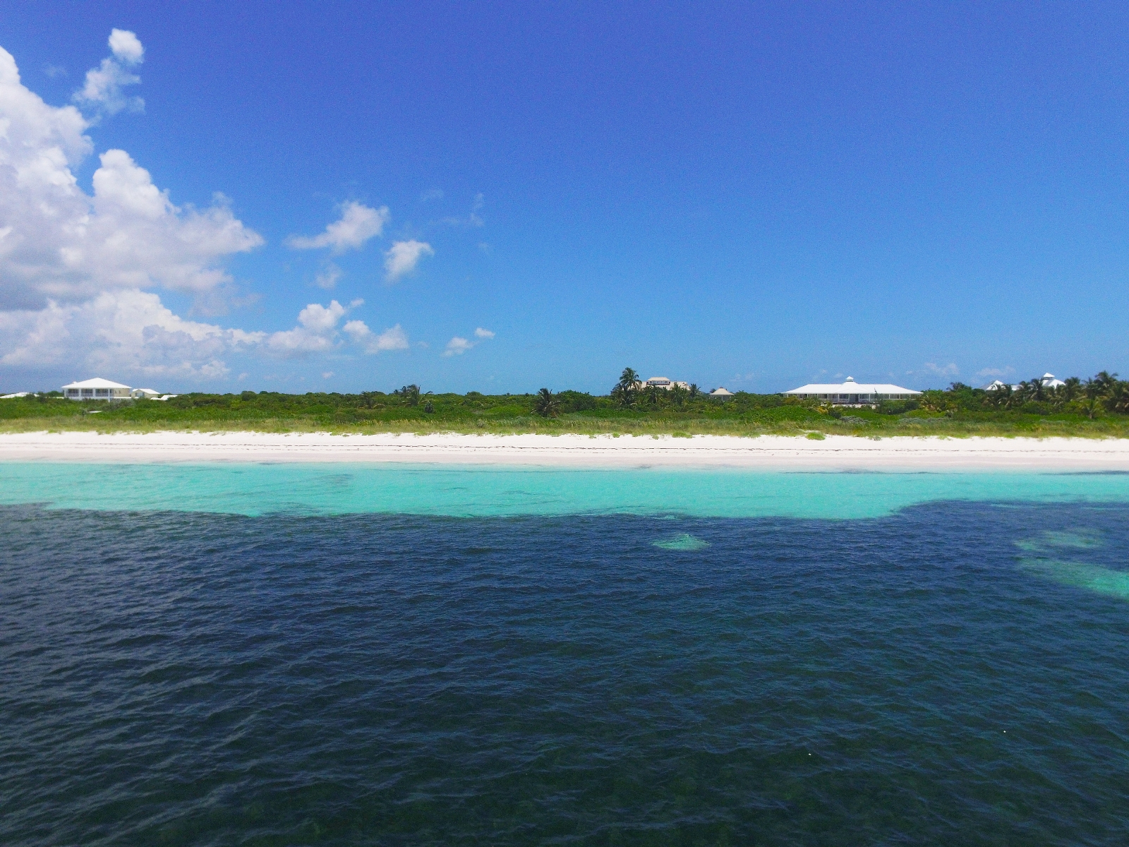 Additional photo for property listing at Stunning Private Beachfront Estate (MLS # 27795) Abaco, Μπαχαμεσ