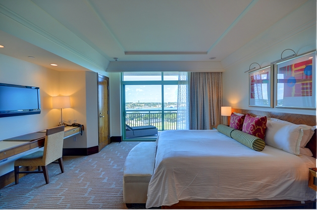 Additional photo for property listing at Fabulous 14th Floor One Bedroom Luxury Suite at The Reef, Atlantis, Paradise Island Nassau New Providence And Vicinity