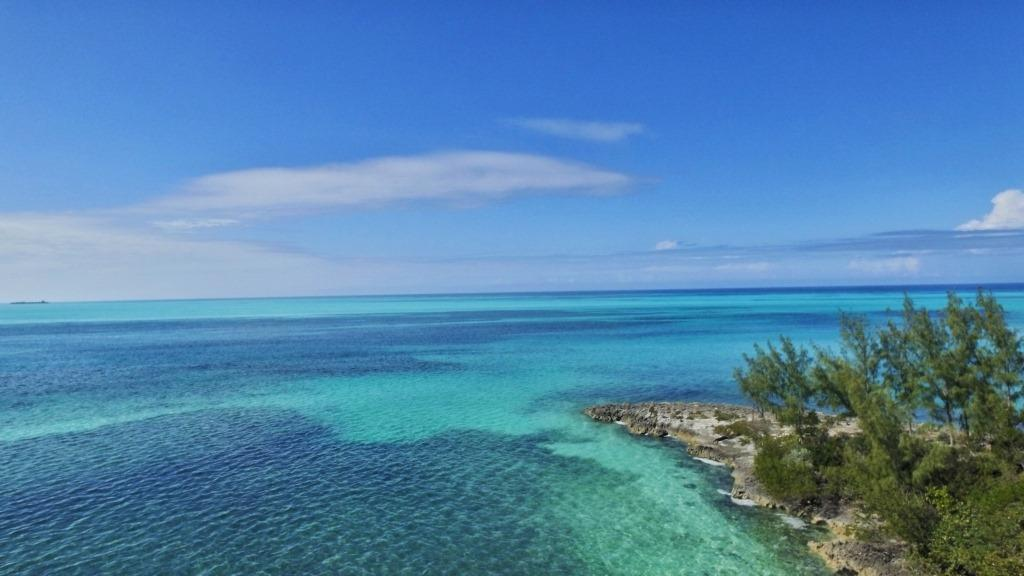 Additional photo for property listing at Beautiful Waterfront Lot in New Russell Island Gated Development - MLS 32746 Russell Island, Eleuthera, Bahamas