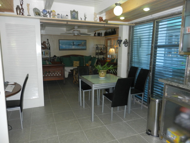 Additional photo for property listing at One bedroom condo with beach access Love Beach, Nassau And Paradise Island, Bahamas