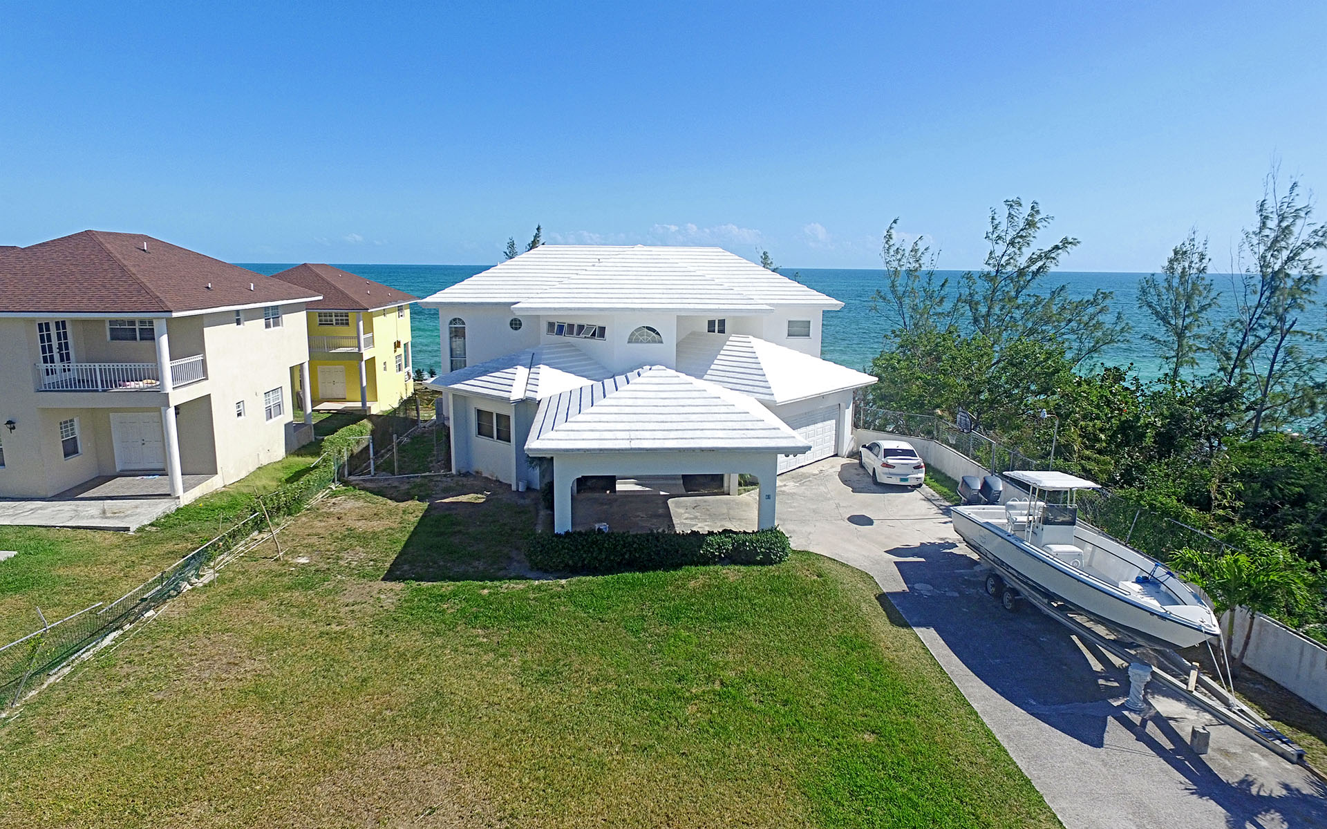 Additional photo for property listing at Fixer upper Ocean Front Home in the East -MLS 28968 Nassau New Providence And Vicinity