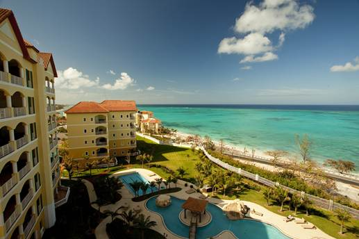 Additional photo for property listing at Stylish condo stunner Bahamas