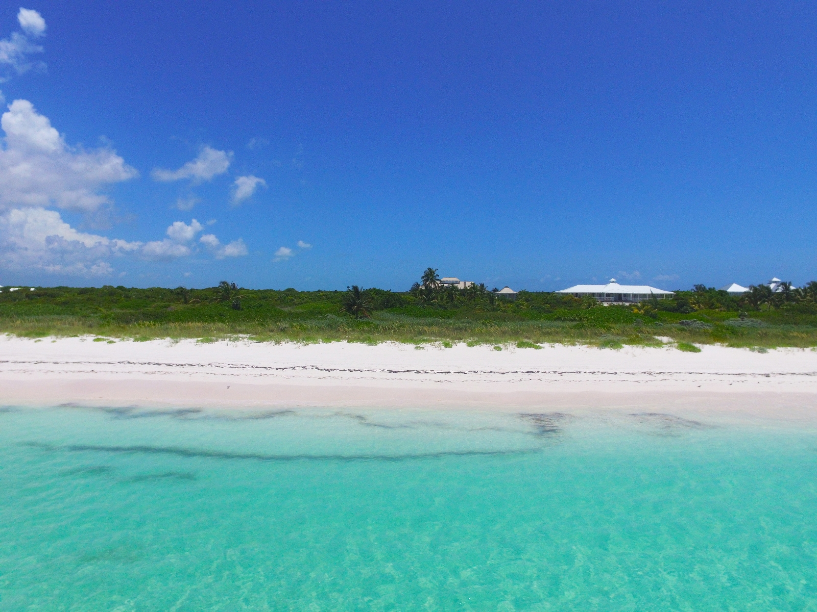 Additional photo for property listing at Beachfront Estate, The Abaco Club, Winding Bay (MLS # 27795) Abaco, Μπαχαμεσ