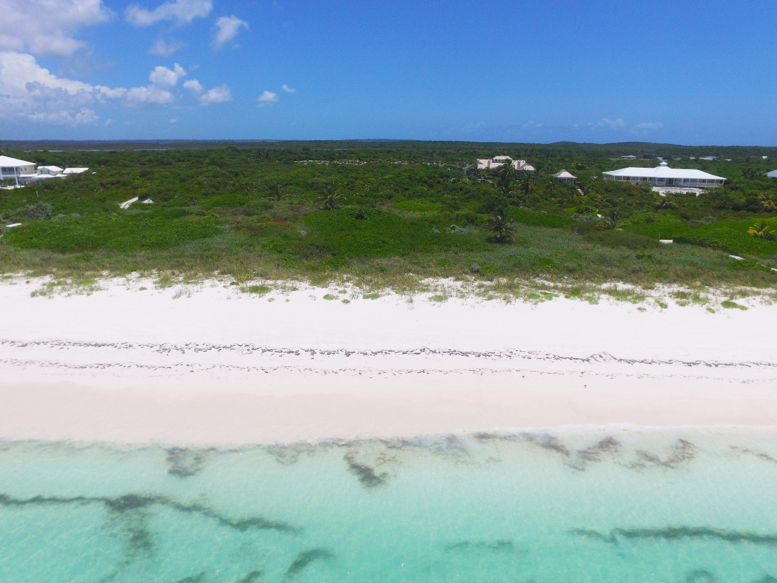 Additional photo for property listing at Beachfront Estate, The Abaco Club, Winding Bay (MLS # 27795) Abaco, Bahamalar