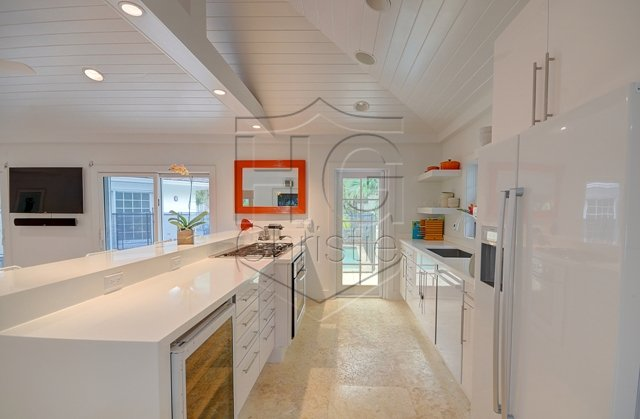 Additional photo for property listing at Contemporary Lyford Cay House Lyford Cay, Nassau And Paradise Island, Bahamas