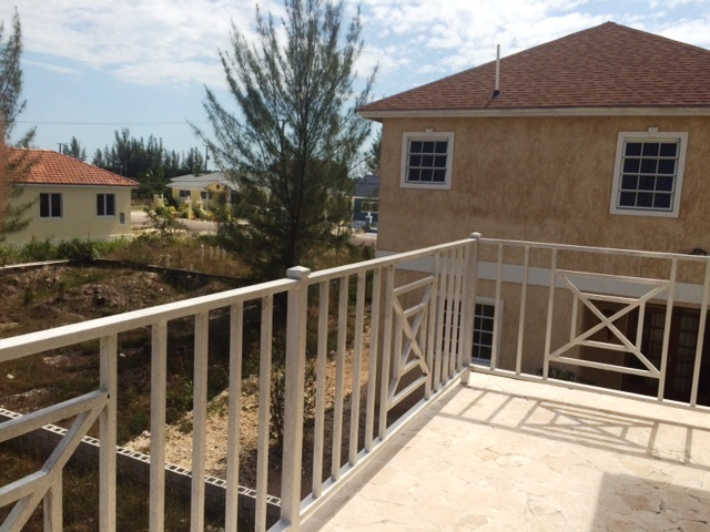 Additional photo for property listing at Townhouse in the Coral Harbour area Coral Harbour, Nassau And Paradise Island, Bahamas