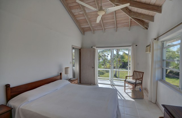 Additional photo for property listing at Wonderful Windermere Island Home MLS 25450 Eleuthera, Bahamas