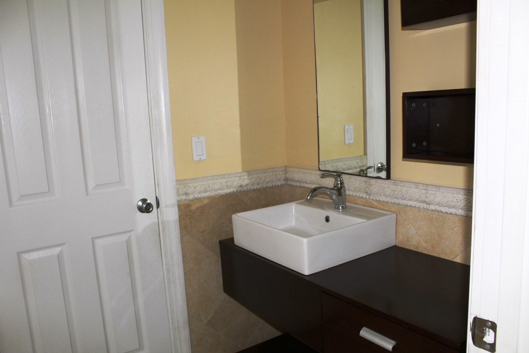 Additional photo for property listing at Executive or Family Rental In Greening Glade Greening Glade, Grand Bahama, Bahamas