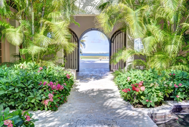 Additional photo for property listing at Cascarilla House - An Outstanding One-Of-A-kind Ocean Club Home  Paradise Island, ニュープロビデンス/ナッソー,00000 バハマ
