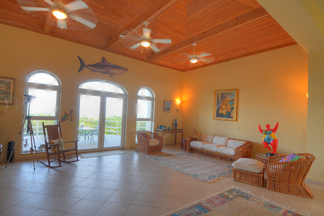 Additional photo for property listing at Hilltop Residence with Ocean and Lake Views バハマ
